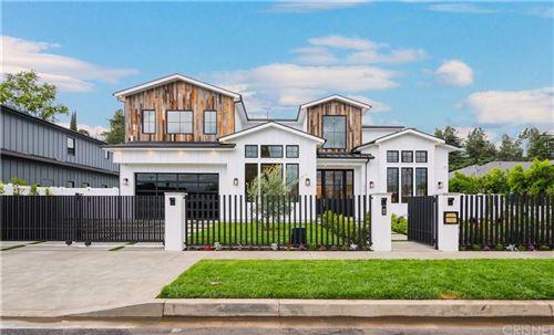 Photo of 13347 MARGATE Street, Sherman Oaks, CA 91401 (MLS # SR20057027)
