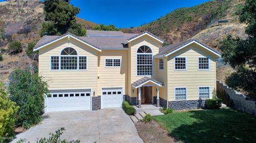 Photo of 2504 SIERRA CREEK Road, Agoura Hills, CA 91301 (MLS # 219013033)