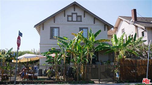 Photo of 1425 South BERENDO Street, Los Angeles , CA 90006 (MLS # 19522034)
