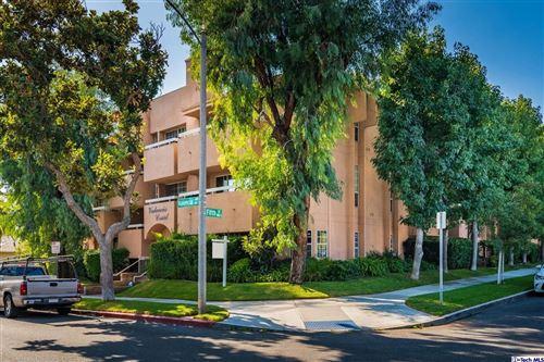 Photo of 435 East VALENCIA Avenue #303, Burbank, CA 91501 (MLS # 319004034)
