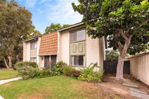 Photo of 112 East VENTURA Street #J, Santa Paula, CA 93060 (MLS # 219012037)