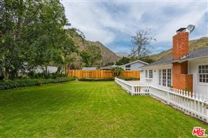 Photo of 5945 PASEO CANYON Drive, Malibu, CA 90265 (MLS # 19460038)