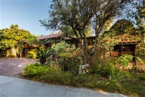 Photo of 99 BUCKSKIN Road, Bell Canyon, CA 91307 (MLS # 219009039)