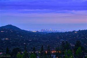 Photo of 624 STARLIGHT CREST Drive, La Canada Flintridge, CA 91011 (MLS # 819002041)