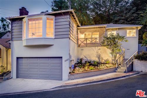 Photo of 6868 SUNNY Cove, Los Angeles , CA 90068 (MLS # 20550042)