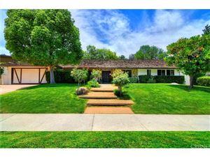 Photo of 18881 ROSITA Street, Tarzana, CA 91356 (MLS # SR18144042)