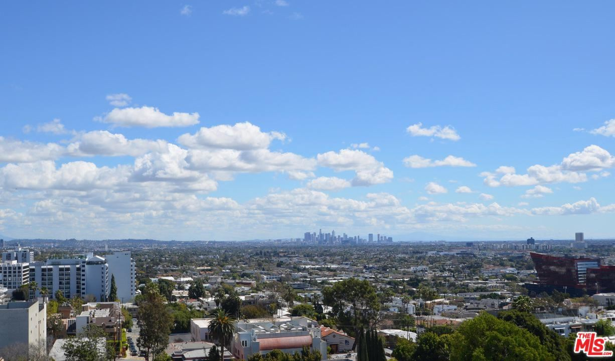Photo of 999 North DOHENY Drive #1007, West Hollywood, CA 90069 (MLS # 20541042)