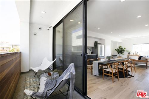 Photo of 866 South WILTON P Place, Los Angeles , CA 90005 (MLS # 20559048)