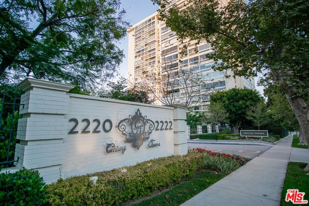 Photo of 2222 AVENUE OF THE STARS #2706, Los Angeles , CA 90067 (MLS # 19505048)