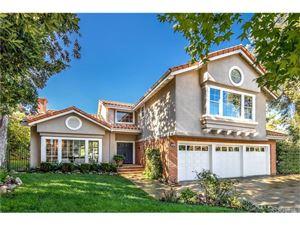 Photo of 22314 CAIRNLOCH Street, Calabasas, CA 91302 (MLS # SR18248049)