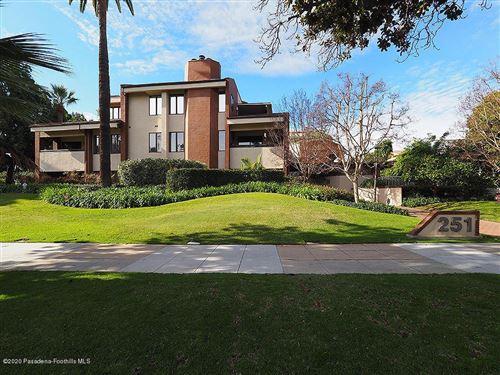 Photo of 251 South ORANGE GROVE Boulevard #3, Pasadena, CA 91105 (MLS # 820000050)