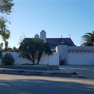 Photo of 1321 LOS PRIETOS Court, Oxnard, CA 93035 (MLS # 218012052)