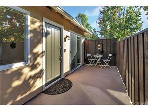 Photo of 5380 LAKE LINDERO Drive, Agoura Hills, CA 91301 (MLS # SR18253052)