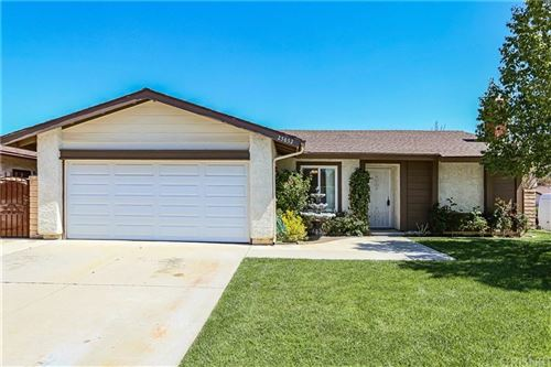 Photo of 25852 ALEGRO Drive, Valencia, CA 91355 (MLS # SR20065053)