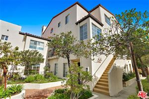 Photo of 372 South MARENGO Avenue #107, Pasadena, CA 91101 (MLS # 18317054)
