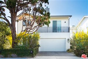 Photo of 2441 WALNUT Avenue, Venice, CA 90291 (MLS # 18318054)