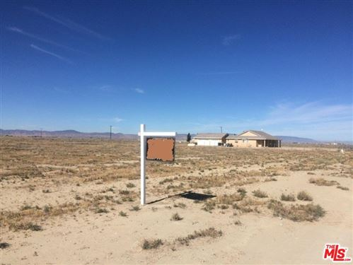 Photo of 0 VAC/COR AVENUE A6/VIC 78, Antelope, CA 93536 (MLS # 16135056)