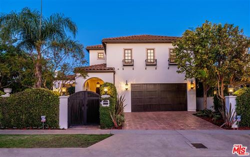 Photo of 740 EL MEDIO Avenue, Pacific Palisades, CA 90272 (MLS # 19500060)