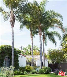 Photo of 331 North KILKEA Drive, Los Angeles , CA 90048 (MLS # 18332062)