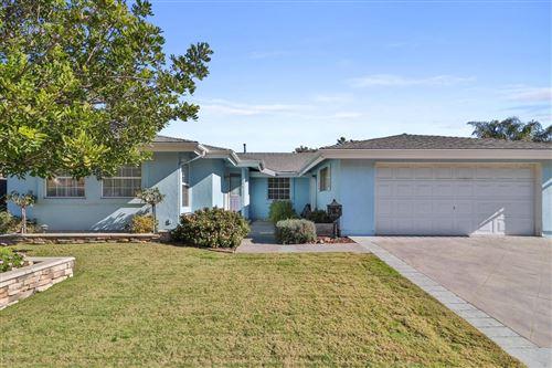 Photo of 104 BLUEFIELD Avenue, Newbury Park, CA 91320 (MLS # 220000065)