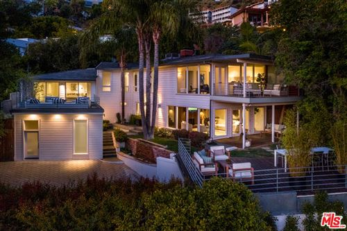 Photo of 8713 SUNSET PLAZA Terrace, Los Angeles , CA 90069 (MLS # 20555068)