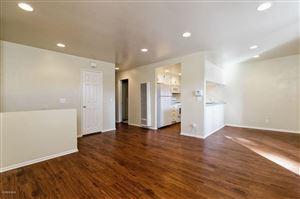 Photo of 318 West SANTA BARBARA Street, Santa Paula, CA 93060 (MLS # 218015069)
