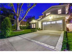 Photo of 13206 HARTSOOK Street, Sherman Oaks, CA 91423 (MLS # SR18147071)