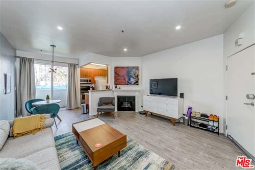 Photo of 620 South GRAMERCY Place #111, Los Angeles , CA 90005 (MLS # 20556072)