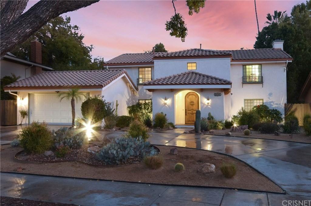 Photo of 23306 CANZONET Street, Woodland Hills, CA 91367 (MLS # SR20037073)