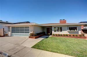 Photo of 1427 GLENGARRY Road, Pasadena, CA 91105 (MLS # 818001075)