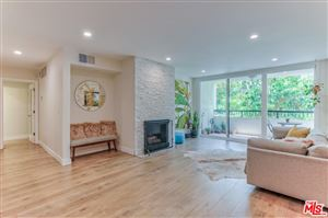 Photo of 906 North DOHENY Drive #215, West Hollywood, CA 90069 (MLS # 18366076)