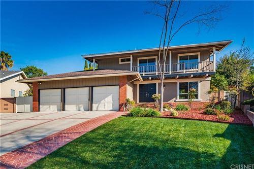 Photo of 706 SAN MARTIN Place, Thousand Oaks, CA 91360 (MLS # SR20036077)