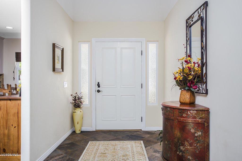 Photo of 1060 CALLE LAS TRANCAS, Thousand Oaks, CA 91360 (MLS # 220000078)