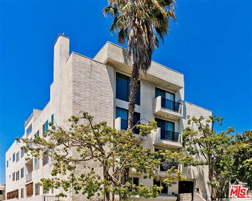 Photo of 11829 MAYFIELD Avenue #302, Los Angeles , CA 90049 (MLS # 19499082)