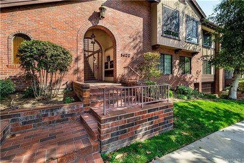 Photo of 1422 North CENTRAL Avenue #8, Glendale, CA 91202 (MLS # SR19243085)