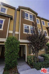 Photo of 14120 West OAK Lane, Van Nuys, CA 91405 (MLS # 19515086)