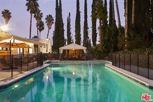 Photo of 20322 DEL CAMPO Place, Woodland Hills, CA 91364 (MLS # 19516086)