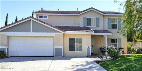 Photo of 39228 RAPHAEL Lane, Palmdale, CA 93551 (MLS # 819005086)