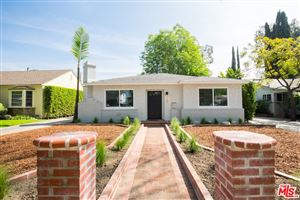 Photo of 424 North BEACHWOOD Drive, Burbank, CA 91506 (MLS # 18328088)