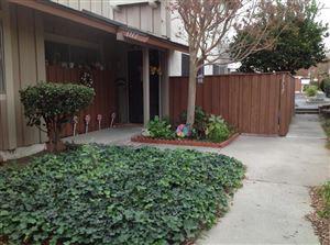 Photo of 1717 East AVENIDA DE LAS FLORES, Thousand Oaks, CA 91362 (MLS # 218000088)