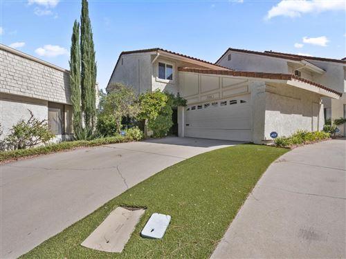 Photo of 3206 MEADOW OAK Drive, Westlake Village, CA 91361 (MLS # 219013088)