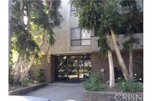 Photo of 853 South LE DOUX Road #102, Los Angeles , CA 90035 (MLS # SR18058090)