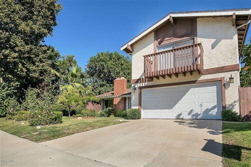 Photo of 2242 SCENICPARK Street, Thousand Oaks, CA 91362 (MLS # 219013091)