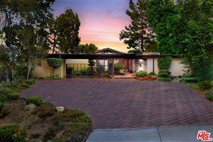 Photo of 18706 EDLEEN Drive, Tarzana, CA 91356 (MLS # 19514092)