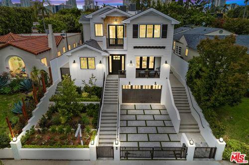 Photo of 10555 HOLMAN Avenue, Los Angeles , CA 90024 (MLS # 19528094)