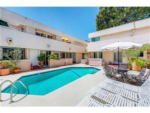 Photo of 5144 ZELZAH Avenue #5, Encino, CA 91316 (MLS # SR18140095)