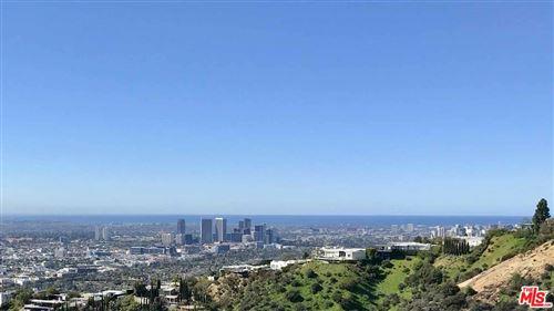 Photo of 2019 SUNSET PLAZA Drive, Los Angeles , CA 90069 (MLS # 19519096)