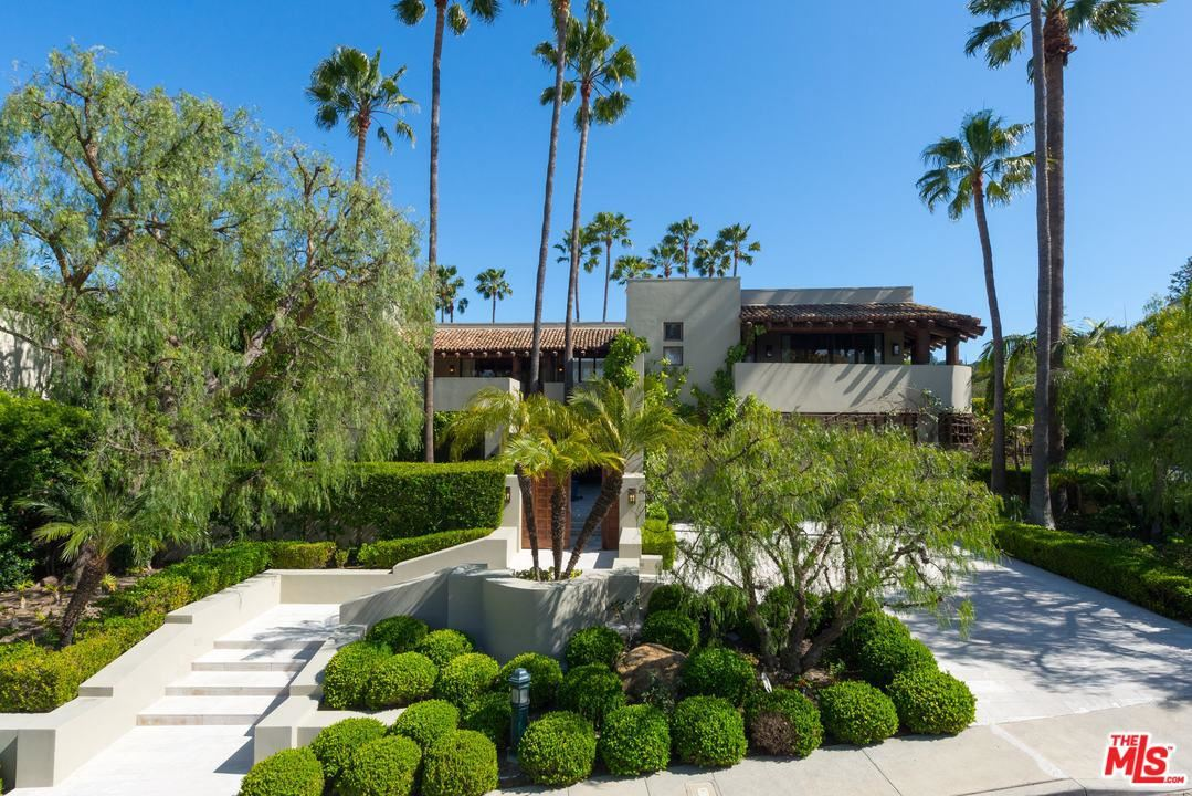 Photo of 3348 CLERENDON Road, Beverly Hills, CA 90210 (MLS # 20551096)
