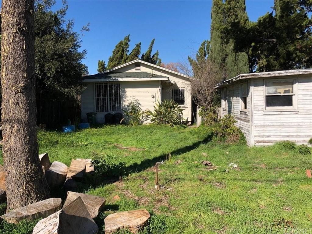 Photo of 11616 MORRISON Street, Valley Village, CA 91601 (MLS # SR20009096)