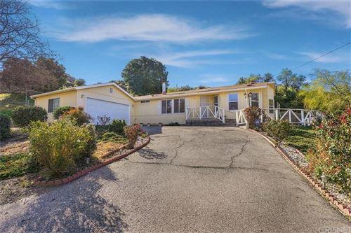 Photo of 29816 CENTRAL Avenue, Castaic, CA 91384 (MLS # SR20036099)
